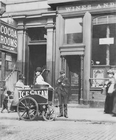 Liverpool Picturebook a site featuring a collection of old photographs and pictures of Liverpool, and Liverpool History, updated regularly. The history of Liverpool in Pictures Ice Cream Cart, Ice Cream Maker, History Of Ice Cream, Old Photos, Vintage Photos, Ice Cream Seller, Liverpool History, Liverpool Town, Food Film