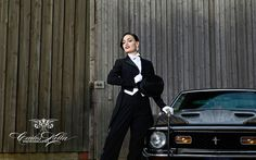 "Rita Lynch (IT) for the ""Girls & legendary US-Cars"" 2016 calendar by SWAY Books. / Pic & retouch: www.carloskella.de / Model: Rita Lynch / Car: Ford Mustang Fastback, 1971 / Published by SWAY Books // www.sway-books.de // www.carloskella.de"