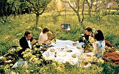 The champagne-lover's guide to a night at the opera Picnic Spot, Picnic Time, Dream Party, Italian Summer, Indie Pop, Picnics, Drawing Reference, The Locals, Great Places