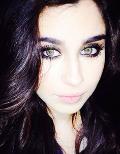 can we all just take a moment to admire her eyes and her eyebrow game... like seriously