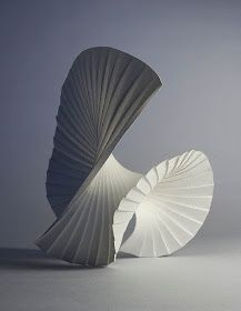 Richard Sweeney, Motion Pleat The way that the folds of the paper have then been folded again give off the impression of movement within the sculpture. Architecture Origami, Arte Linear, Affordable Art Fair, 3d Studio, Vanitas, Sculpture Art, Paper Sculptures, Freedom Sculpture, Watercolor Paper