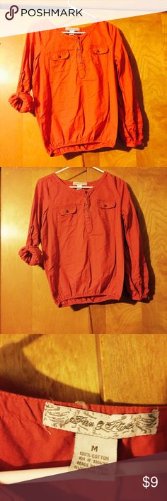🎉3for$17⚡️sale item⚡️Fun & Flirt (M)orange blouse 🎊⚡️this item on sale 3for $17⚡️when bundled with 2 items of same sale⚡️🎉Medium casual style dark orange button up crop style blouse from fun & flirt-With buttoned roll up sleeves, I also have one available in blue fun & flirt Tops Blouses