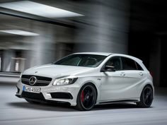 Here are all the images and details of Mercedes Benz entry level hot hatch, the AMG massaged sports hatchback. This hot hatch will also be the least priced AMG model, allowing younger sportscar… Mercedes Benz A45 Amg, Mercedes Hatchback, New Mercedes A Class, Volkswagen, C 63 Amg, Geneva Motor Show, Bmw Cars, Fiat 500, Bugatti