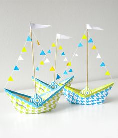 Origami boat tutorial diy Ideas for 2019 Origami Boat, Diy Origami, Origami Tutorial, Origami Paper, Diy Paper, Paper Crafting, Diy Tutorial, Summer Crafts, Crafts To Make
