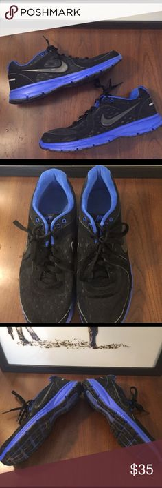 Men's Nike Air Relentless Running Shoes - 10.5 Men's Nike Air Relentless Running Shoes. Minor wear on right toe and check shown in photos. Otherwise, shoes in great condition. Super lightweight men's running shoe. Black and blue color. Nike Shoes Sneakers