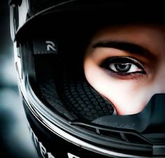 Girl Motorcycle Photography 61 Ideas for 2019 # Ideas – Biker Girl – Motorrad Female Motorcycle Riders, Motorcycle Couple, Motorbike Girl, Motorcycle Art, Biker Couple, Dirt Bike Girl, Lady Biker, Biker Girl, Fille Et Dirt Bike