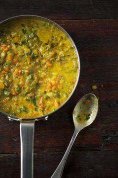 Detox Mung Bean Risotto Recipe ~ The Healthy Chef (Teresa Cutter) Bean Recipes, Raw Food Recipes, Healthy Dinner Recipes, Vegetarian Recipes, Cooking Recipes, Recipes With Mung Beans, Detox Recipes, Detox Foods, Freezer Recipes