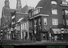 Hier nog eens alle panden van de zuidzijde van de Kerkstraat, 10 jaar vóór de opnamen van de vorige foto's. Met de ETOS en met Toirkens en met de USA-shop.