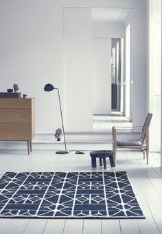 håndvævet tæppe Meta i 100 % uld. 140 x 200 cm, 3450 kr., Linie Design. | Bobedre.dk