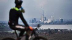 Jetzt lesen:  http://ift.tt/2ECXbyJ Fusion mit Tata: Thyssenkrupp: IG Metall legt Votum zu Tarifvertrag vor #aktuell