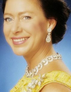 Tiara Mania: Snowdon Floral Tiara worn as a brooch by Princess Margaret, Countess of Snowdon