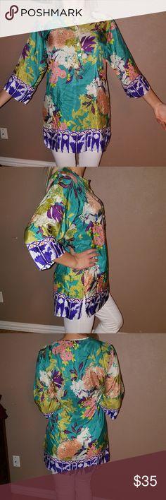 CAbi size S 100% silk Very beautiful. CAbi Tops