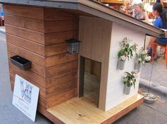 i think this dog house is a little to modern fro my taste. #puppied