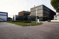 Shanghai Roche Master Plan & Office Building / EXH Design