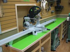 Miter Saws Why is the Kapex UG Miter Station so expensive? Workshop Storage, Workshop Organization, Home Workshop, Tool Storage, Workshop Design, Garage Workshop, Workshop Ideas, Festool Kapex, Festool Tools