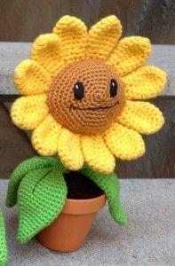 FREE PATTERN Amigurumi: Happy Sunflower – Ink & Stitches, #crochet, flower, plant, #haken, gratis patroon (Engels), plant, bloem, zonnebloem, #haakpatroon