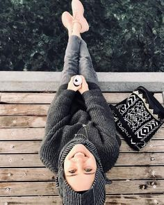 Find out latest images taken by MAHZA ( Hijab Style, Hijab Chic, Hijabi Girl, Girl Hijab, Wedding Couple Poses Photography, Photography Poses, Muslim Women Fashion, Casual Hijab Outfit, Girl Photo Poses