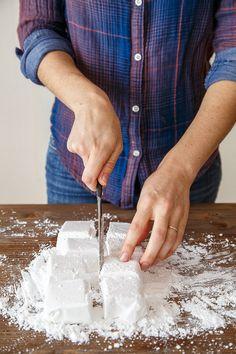 Homemade vanilla bean marshmallows @dessertfortwo
