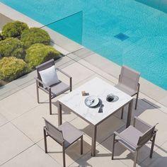 [ DAILY CRUSH ] Le mobilier outdoor en céramique imitation marbreso chic ! Et mes conseils et astuces pour transformer son jardin en havre de paix pour l'été sur www.decocrush.fr . #minimal #minimalism #minimalhome #marble #decocrushdaily #blogdeco #decoration #inspohome #interior #maison #instahome #interiorinspo #instadeco #outdoorliving #sifas #poolsidechillin https://ift.tt/2sgwESn