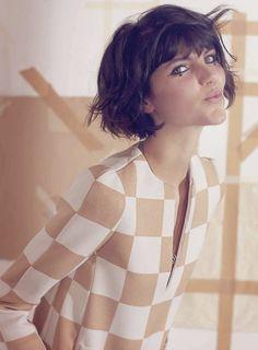Spring Is Swinging. Agnes Nabuurs, L'officiel Netherlands, February 2013. Eu quero esse cabelo e essas estrelinhas!!!