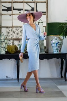 Look invitada boda 2019 vestido azul comunion pamela lila Mother Of Bride Outfits, Mother Of Groom Dresses, Mother Of The Bride, Kentucky Derby Fashion, Races Fashion, Special Occasion Outfits, Dress Up, Shirt Dress, Business Dresses