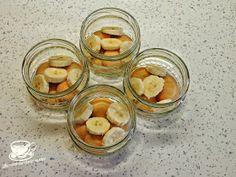 Secretele bucatariei noastre: DESERT RECE CU DULCEATA DE CIRESE Sugar, Cookies, Food, Banana, Biscuits, Meal, Essen, Hoods, Cookie Recipes