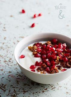 Granateple & Frokostblanding - Se flere spennende yoghurtvarianter på yoghurt.no - Et inspirasjonsmagasin for yoghurt.