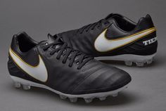 Nike Tiempo Legacy II AG Soccer Cleats.. MEN 6.5  or WOMEN 8.. Fast  Shipping!! 90f1f7acd3064