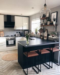Home Lighting Ideas for Any Room Kitchen Room Design, Home Room Design, Modern Kitchen Design, Home Decor Kitchen, Kitchen Living, Interior Design Kitchen, Kitchen Furniture, Home Kitchens, Room Kitchen