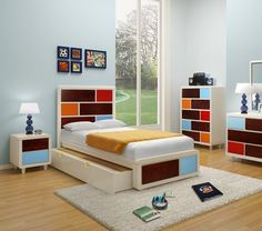 Cool bedroom set for a boy. Paul Frank by Enzo