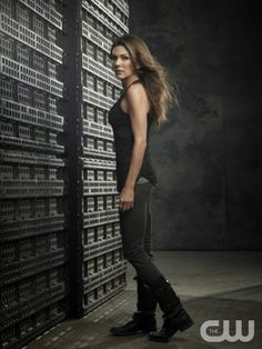 The 100 -- Image: HU01_JM_ Paige3_1204 -- Pictured (L-R): Paige Turco as Abby -- Photo: Joe Magnani /The CW -- © 2014 The CW Network. All Rights Reserved.