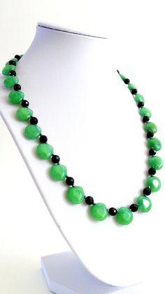 TEARDROP GREEN AGATE Beautiful Elegant Necklace is by GECHELINE
