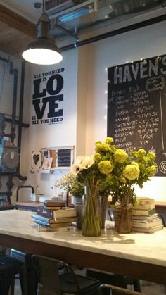 Super fun place to take a yummy cooking class or casually stop in for great coffee and a cute little assortment of cooking gear. Fantastic decor.