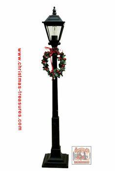 Byers Choice Lamp Post