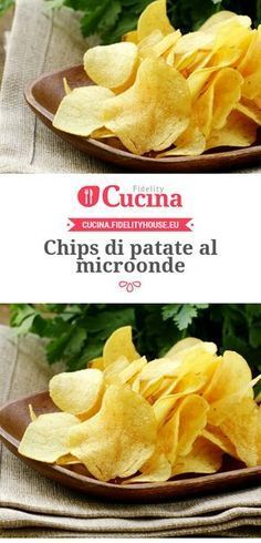 #Chips di #patate al microonde My Recipes, Snack Recipes, Favorite Recipes, Healthy Recipes, Salsa Verde, Microwave Recipes, Weird Food, Antipasto, Cooking Time