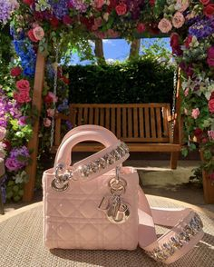 2019 New Louis Vuitton Handbags Collection for Women Fashion Bags Must have it Luxury Purses, Luxury Bags, Luxury Handbags, Fashion Handbags, Purses And Handbags, Fashion Bags, Cheap Handbags, Dior Handbags, Fashion Purses