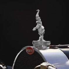 Car Design History, Concept cars, Automotive advertising, auto designers and design studios Vintage Bikes, Vintage Cars, Bugatti Royale, Hispano Suiza, Bugatti Cars, Hood Ornaments, Animal Sculptures, Automotive Design, Art Deco Fashion