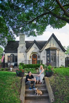 The 10 Most Charming Homes in Dallas - D Magazine Dallas Magazine, Dallas Neighborhoods, Dallas Real Estate, Cottage Style Homes, Slate Roof, Sims House, Curb Appeal, The Neighbourhood, Exterior