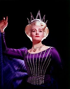 Dame Joan Sutherland, as The Queen of The Night. Early 1960′s.