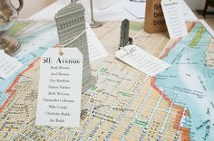 An incredible New York landmark wedding table plan! More map seating plan ideas at http://www.toptableplanner.com/blog/world-map-wedding-seating-plans