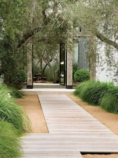 37 Beautiful Garden Pictures For You Beauty and Affordable Wooden Garden Path Ideas _gardening _ Wooden Pathway, Wooden Garden, Wooden Walkways, Brick Garden, Contemporary Garden Design, Contemporary Landscape, Asian Landscape, Modern Landscape Design, Garden Stones