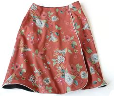 Reversible wrap skirt tutorial with free downloadable pattern.