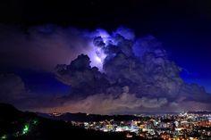 【画像】世界の超巨大積乱雲が怖すぎだろ。完全に別世界だわwwwww : アルファルファモザイク