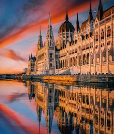 Parlament - Budapest - Hungary