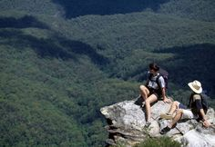 Escape to the wilderness and enjoy unsurpassed beauty in the All Inclusive Blue Mountains Day Tours. Hear the calls of native birds and look for Australian wildlife, Enjoy unlimited Scenic World Rides and sumptuous lunch.