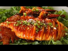 ▶ Spicy grilled squid (grilled calamari: 오징어통구이) - YouTube