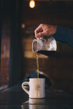 A cup of coffee on a rainy day in autumn > I Love Coffee, Black Coffee, Coffee Break, Morning Coffee, Coffee Girl, Coffee Lovers, Coffee Spoon, V60 Coffee, Coffee Cups