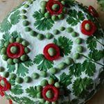 """62 """"Μου αρέσει!"""", 11 σχόλια - Senni (@rosinesdecorations) στο Instagram: """"My first sandwich cake decoration ever. This salmon filled cake is decorated with coriander leaves,…"""""""