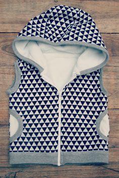 DIY - sew - Sleeveless hoodie pattern Make it perfect 'Little Hero vest'