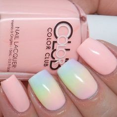 Summer nail colors are always bright and gorgeous. They attract much attention to your nails. #summernails #DIYNailDesigns